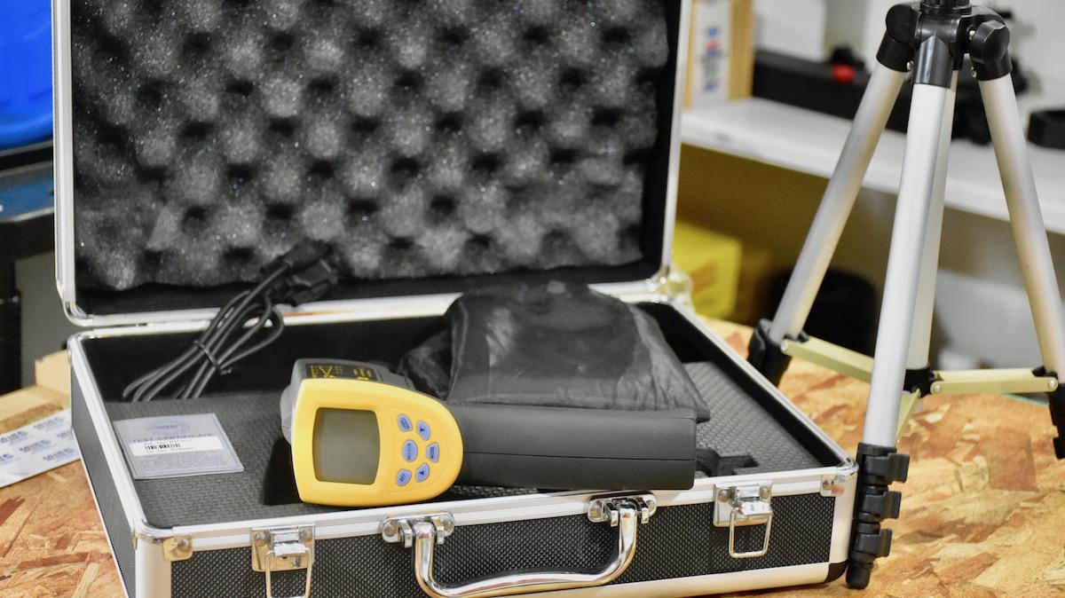 vali đựng máy đo nhiệt độ từ xa