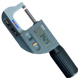 Thước panme 230101 đo ngoài 0-30mm, panme hiển thị số trên LCD.